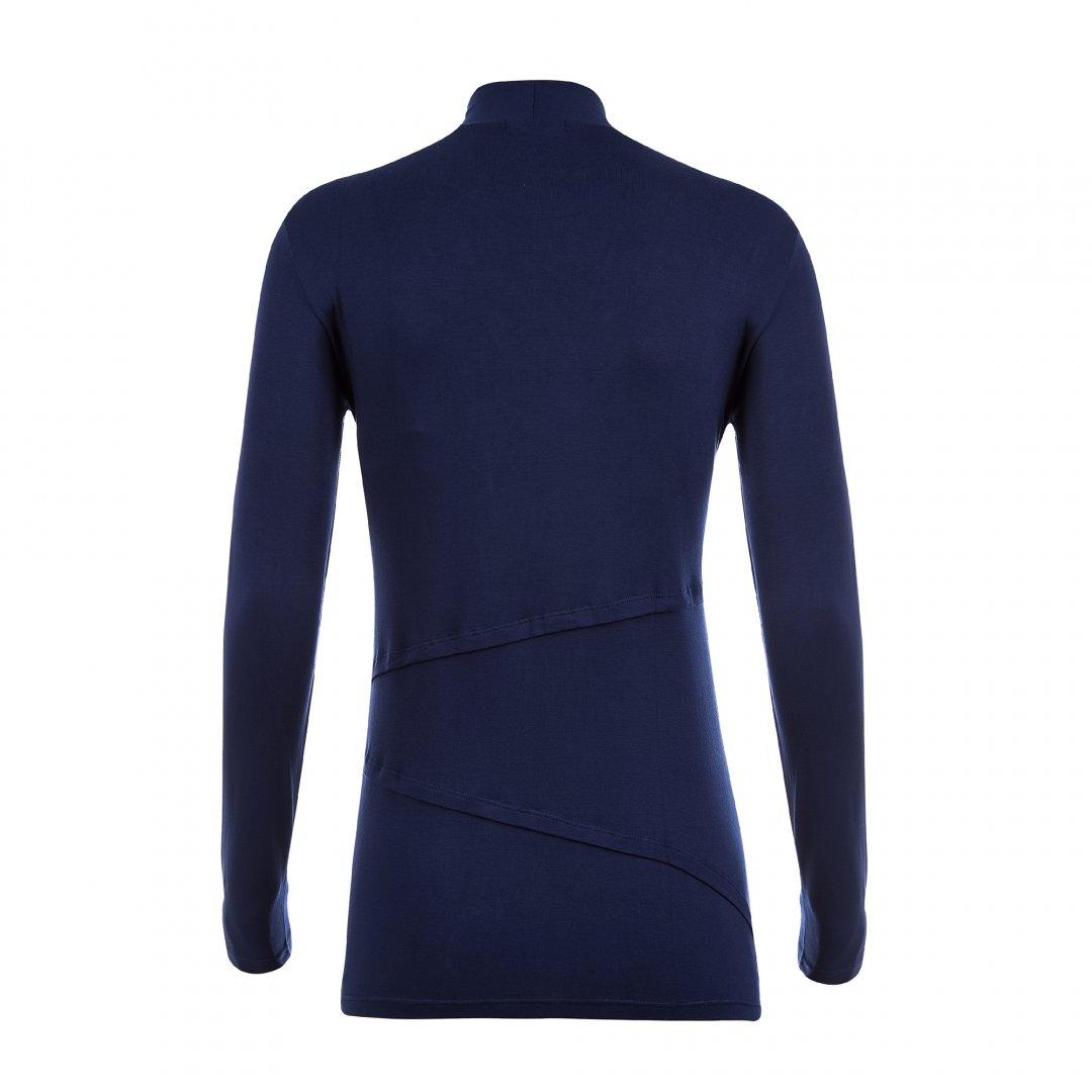 Apenas a blusa para amamentar com gola alta, na cor azul marinho, sem nenhuma modelo.