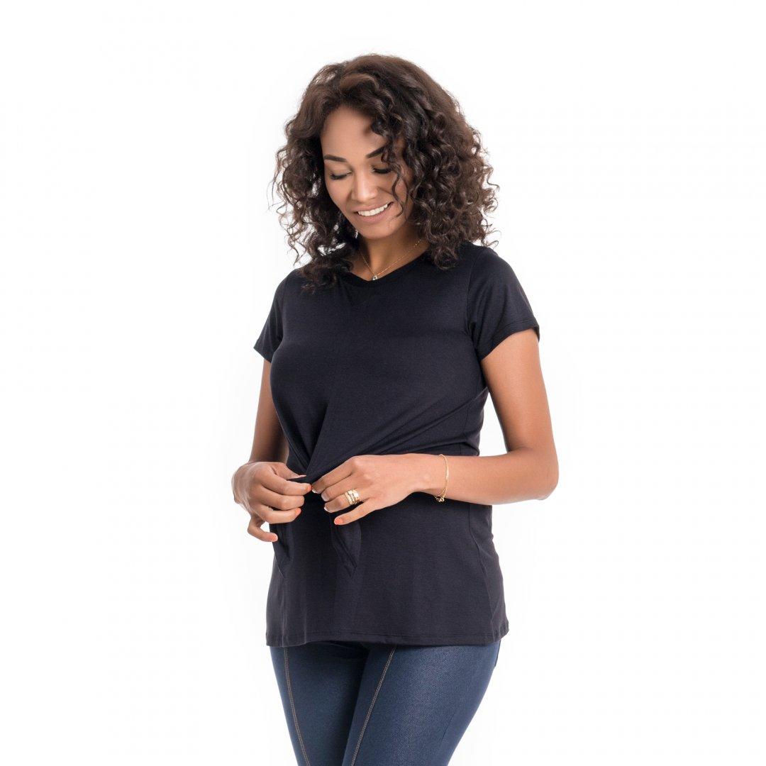 Blusa para amamentar detalhe da amarração, blusa com sobreposição na região do busto na cor preta.